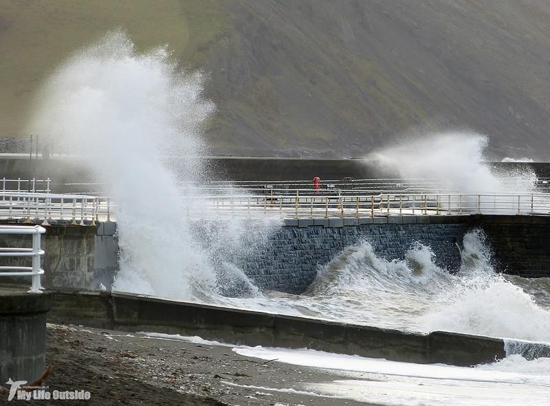 P1100776 - Aberystwyth waves
