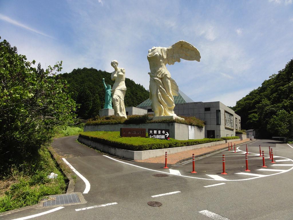 ルーブル彫刻美術館入り口