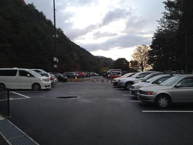 御在所岳中登山口前駐車場