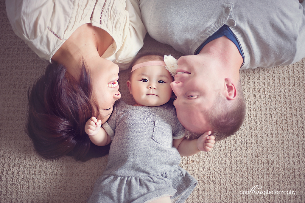 6 month old family photoshoot in Hudsonville, Michigan