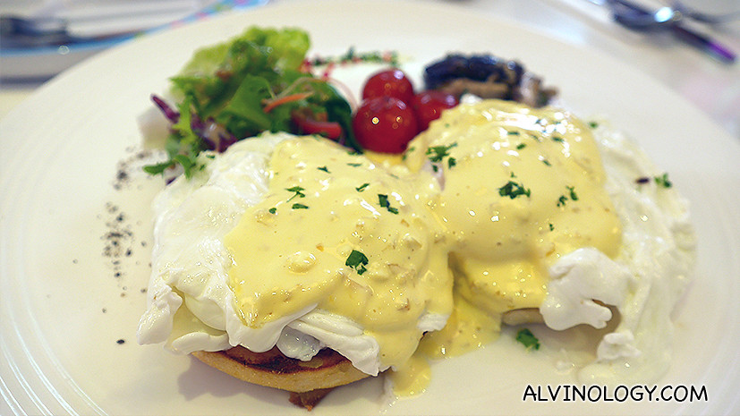 Daphne's Egg-citing Benedict