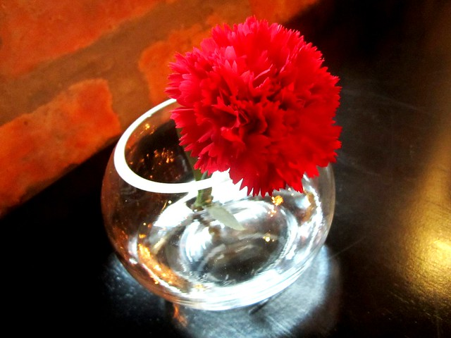 N°2 Casual Dining, fresh flower