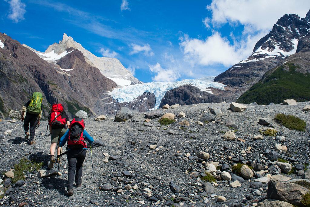 Reaching Perros glacier