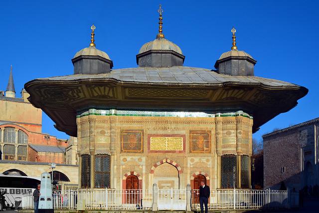 Fountain of Ahmed III / III. Ahmet Çeşmesi  Flickr ...