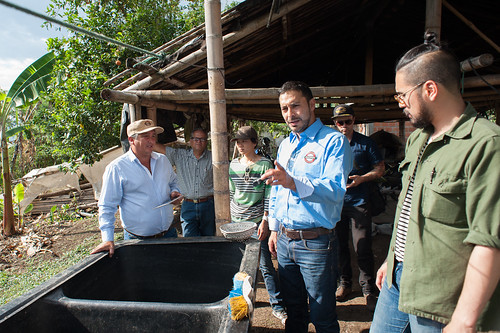 Visit to Patio Bonito, farm of Don Carlos Trujillo