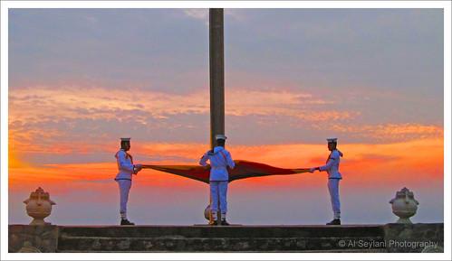 sunset dusk flag celebration srilanka ceylon independence colombo nationalflag galleface 67thindependenceday