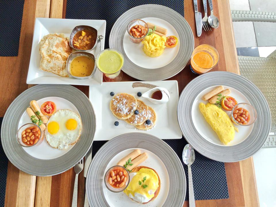Gaya island resort - breakfast