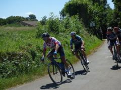K Le Cunff, porteur du maillot à pois et D Boutville, maillot vert à l'attaque dès les 1ers KM