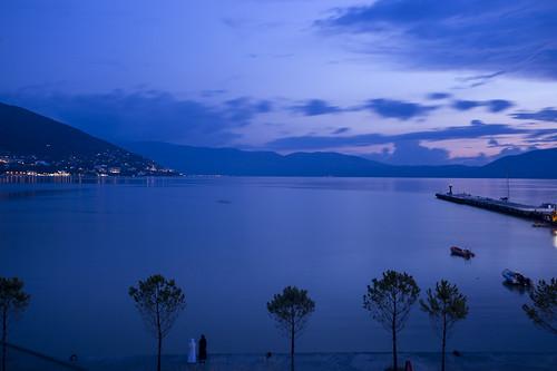 vlora vlore albanien albania ocean meer night nacht light lichter blau blue longexposure