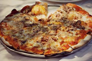 http://hojeconhecemos.blogspot.com/2013/05/eat-capitolina-majadahonda-espanha.html
