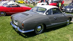 studebaker avanti(0.0), race car(1.0), automobile(1.0), vehicle(1.0), automotive design(1.0), compact car(1.0), antique car(1.0), sedan(1.0), classic car(1.0), land vehicle(1.0), volkswagen karmann ghia(1.0), sports car(1.0),