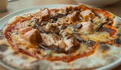 peperoni-pizzeria_salmone-pizza