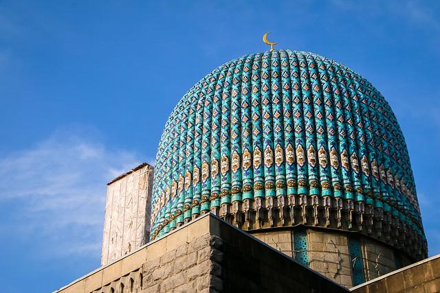 Central asian style mosque in Saint Petersburg, Russia サンクトペテルブルクのウズベキスタン風モスクのドーム