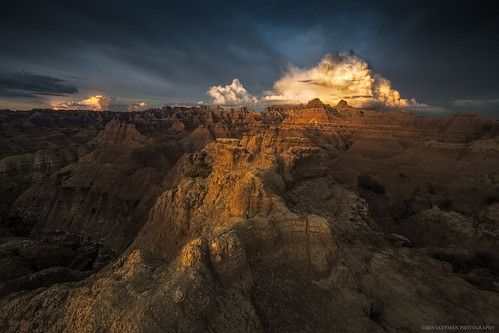 summer storm clouds southdakota sunrise badlands stormclouds badlandsnationalpark bencoffman bencoffmanphotography