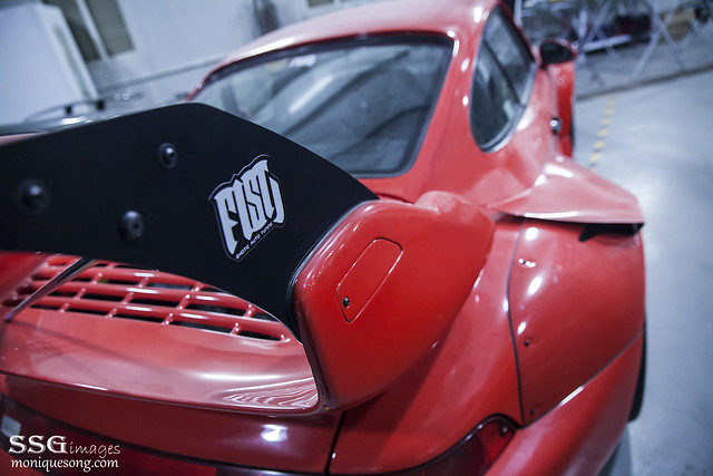 Fist auto RWB FISHBONE