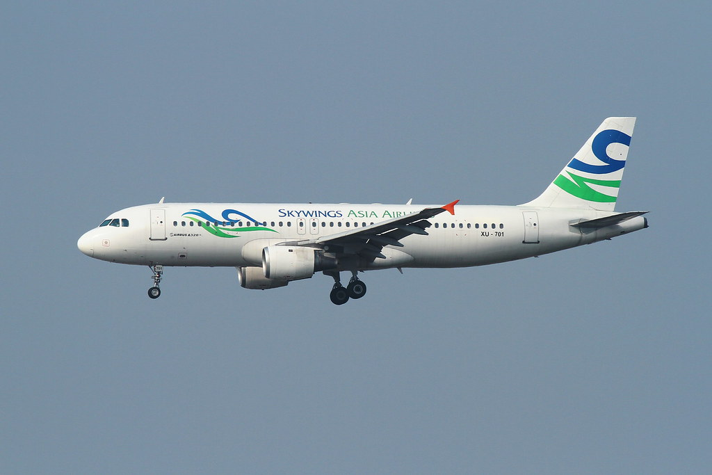 Skywings Asia Airlines A320-200(XU-701)
