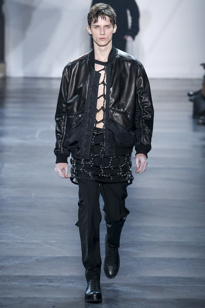 Yulian Antukh(Antuh)3131_FW15 Paris 3.1 Phillip Lim(VOGUE)