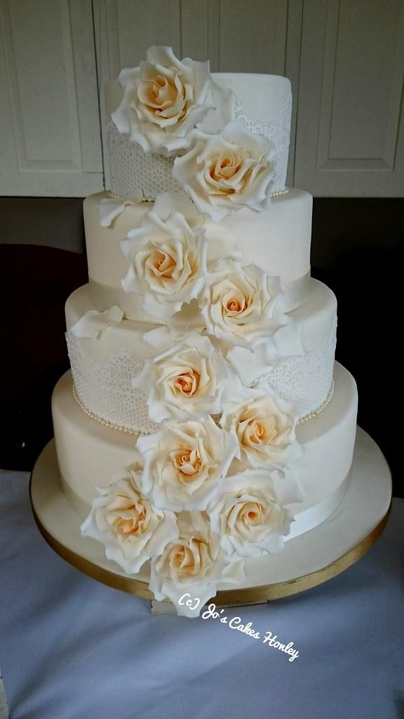 Rose Design For Cake