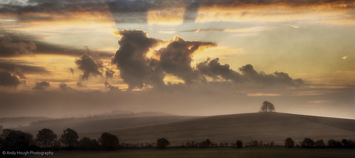 england panorama mist clouds sunrise landscape unitedkingdom sony panoramic sunrays wallingford a77 stiching wittenhamclumps southoxfordshire barrowhill sonyalpha andyhough slta77 andyhoughphotography