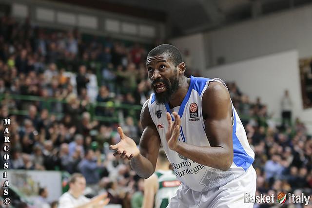Euroleague: Sassari non si ripete, Novgorod passa al PalaSerradimigni