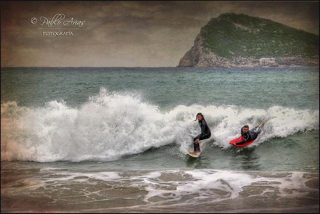(007/15) Surfeando