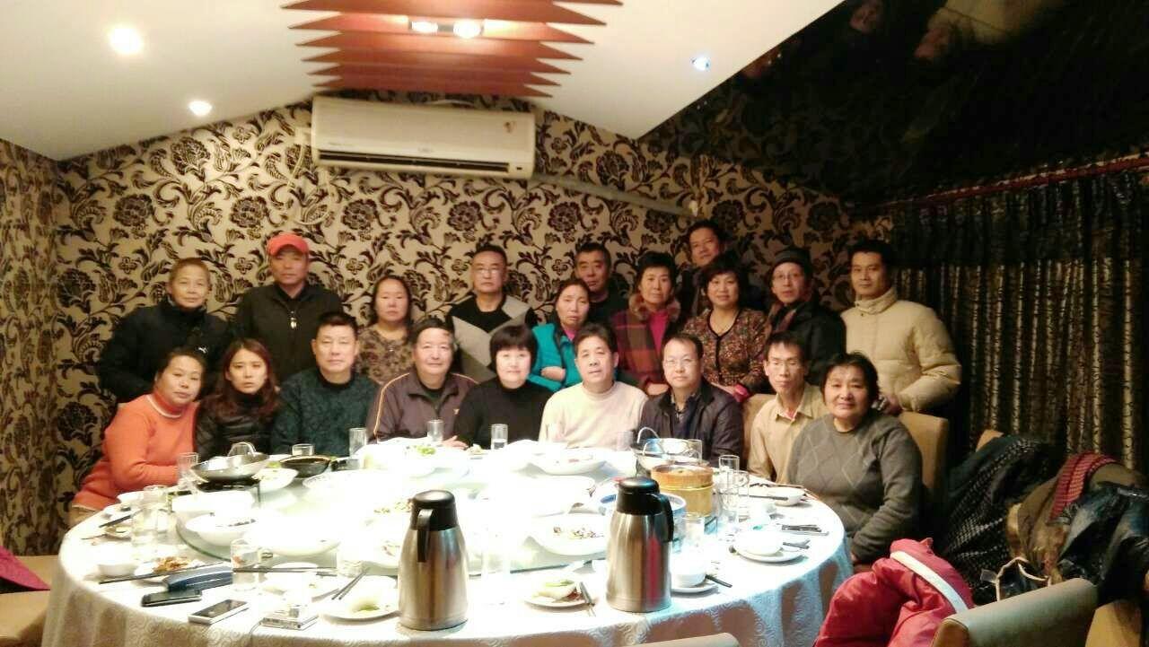 20141212庭审后刘晓源律师和部分旁听人员共进晚餐