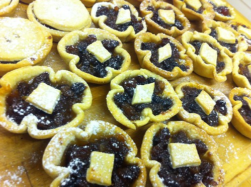 Mince pies with marzipan