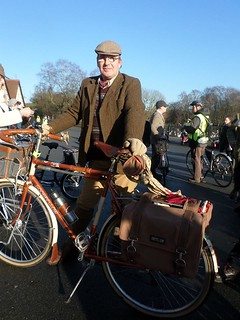 Goodfellow and I, on the Manchester Tweed Ride.