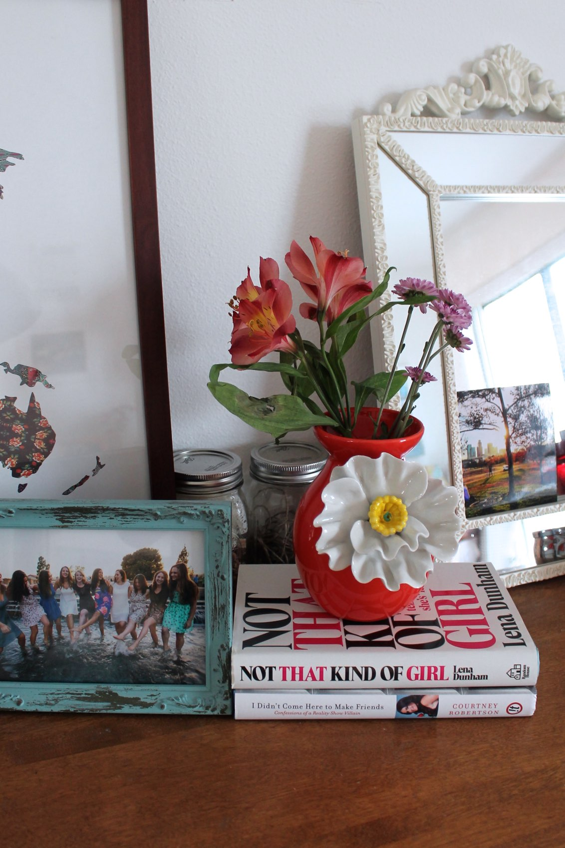 dresser decor idea: flower vase + stacked books