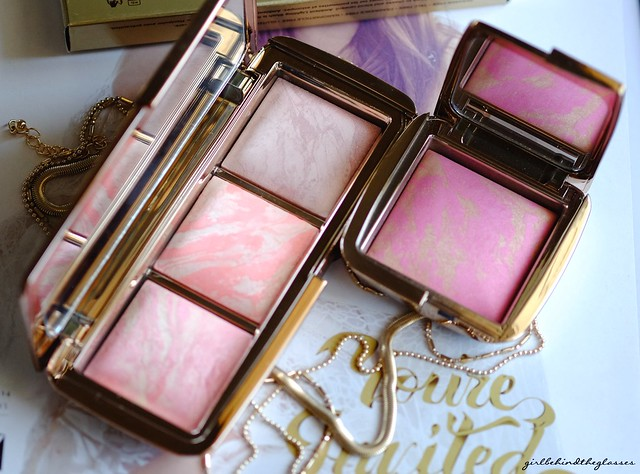 Hourglass Ambient Lighting Blush Palette size comparison