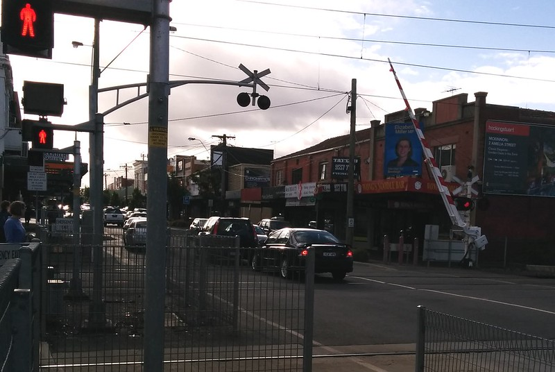 How not to drive through level crossings - the signs 'Keep Tracks Clear' are important