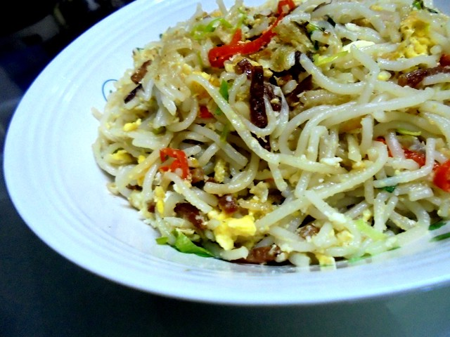 Fried Penang laksa noodles 2