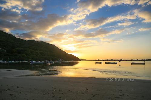 Amanhecer na praia da Guarda do Embaú