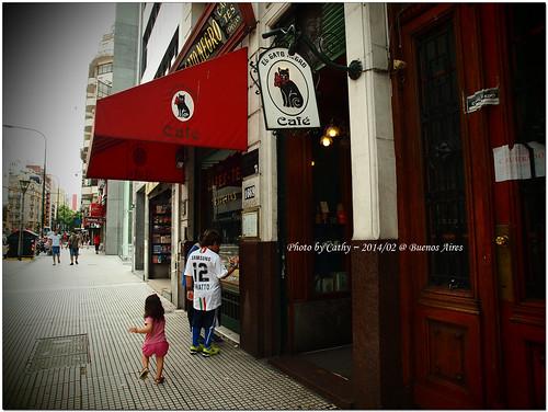 Cat Cafe-9