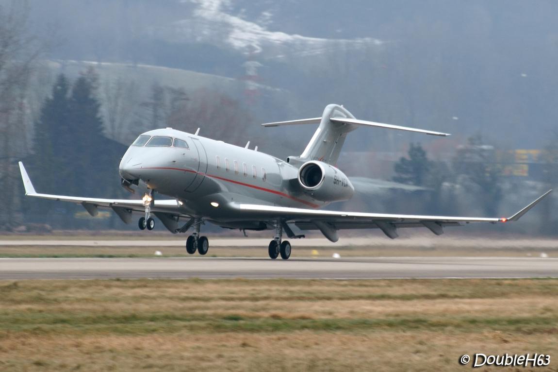 Aéroport de Chambéry Savoie [LFLB-CMF] 16524070546_a7e4e7d693_o