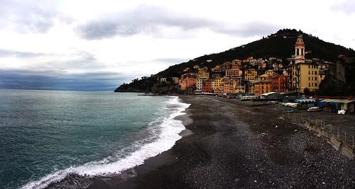 italy panorama italia mare pano liguria genoa genova turismo spiaggia sori