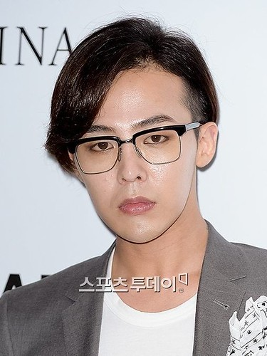 G-Dragon-JEstina-20140903(44)