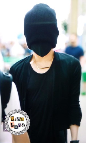 Big Bang - Incheon Airport - 29may2015 - G-Dragon - GiVe_LOVE8890 - 04