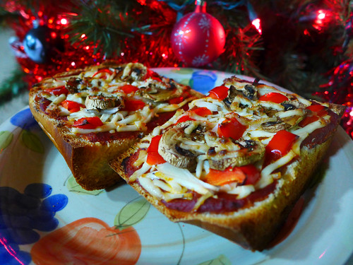 2014-12-16 - French Bread Pizza - 0001 [flickr]