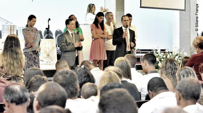 Pastor de Famílias ora pelo consolo