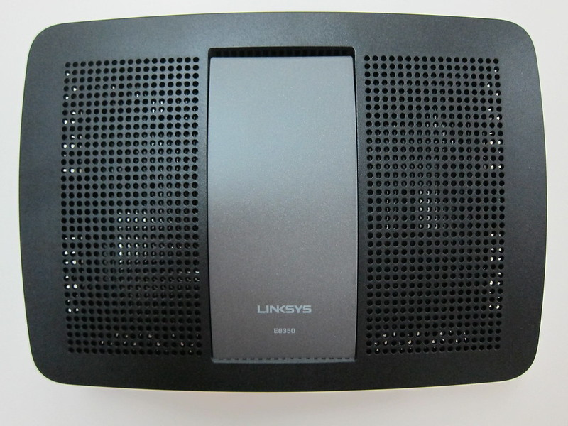 Linksys E8350 - Top