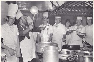 "Pavarotti ""dirige"" la cocina del Ercilla."