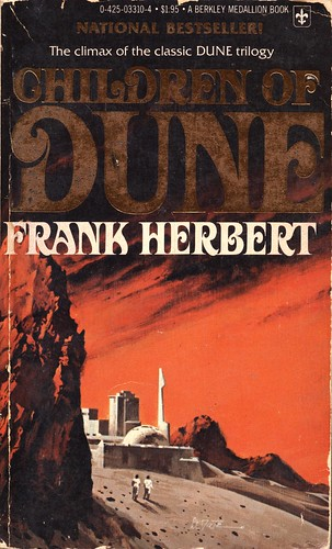 Children of Dune by Frank Herbert. Berkley Medallion 1977. Cover artist Vincent Di Fate