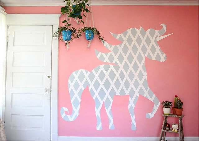 New DIY Geometric Unicorn Wall