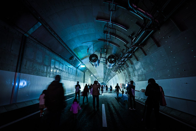 TOKYO/Yamate tunnel walk
