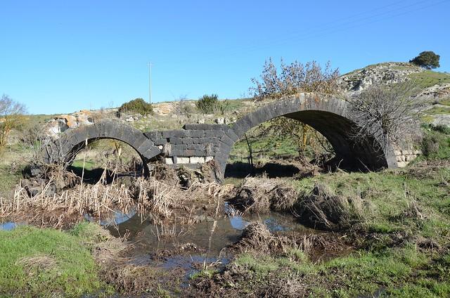 Pont Ezzu (Old Bridge), Roman bridge near Mores, Sardinia