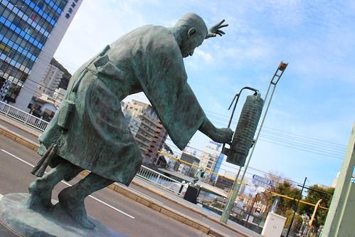 阿波踊り像