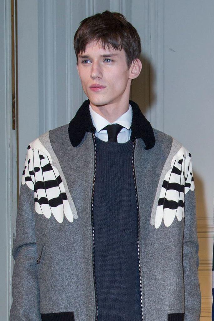 Yulian Antukh(Antuh)3121_1_FW15 Paris Valentino(fashionising.com)