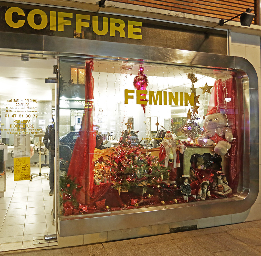Gare des vall es for Salon de coiffure colombes