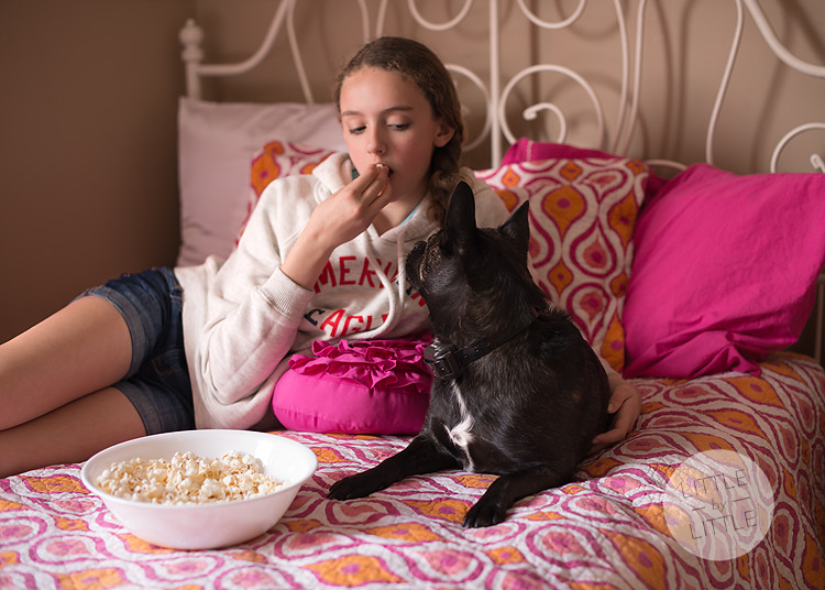 popcorn and pup